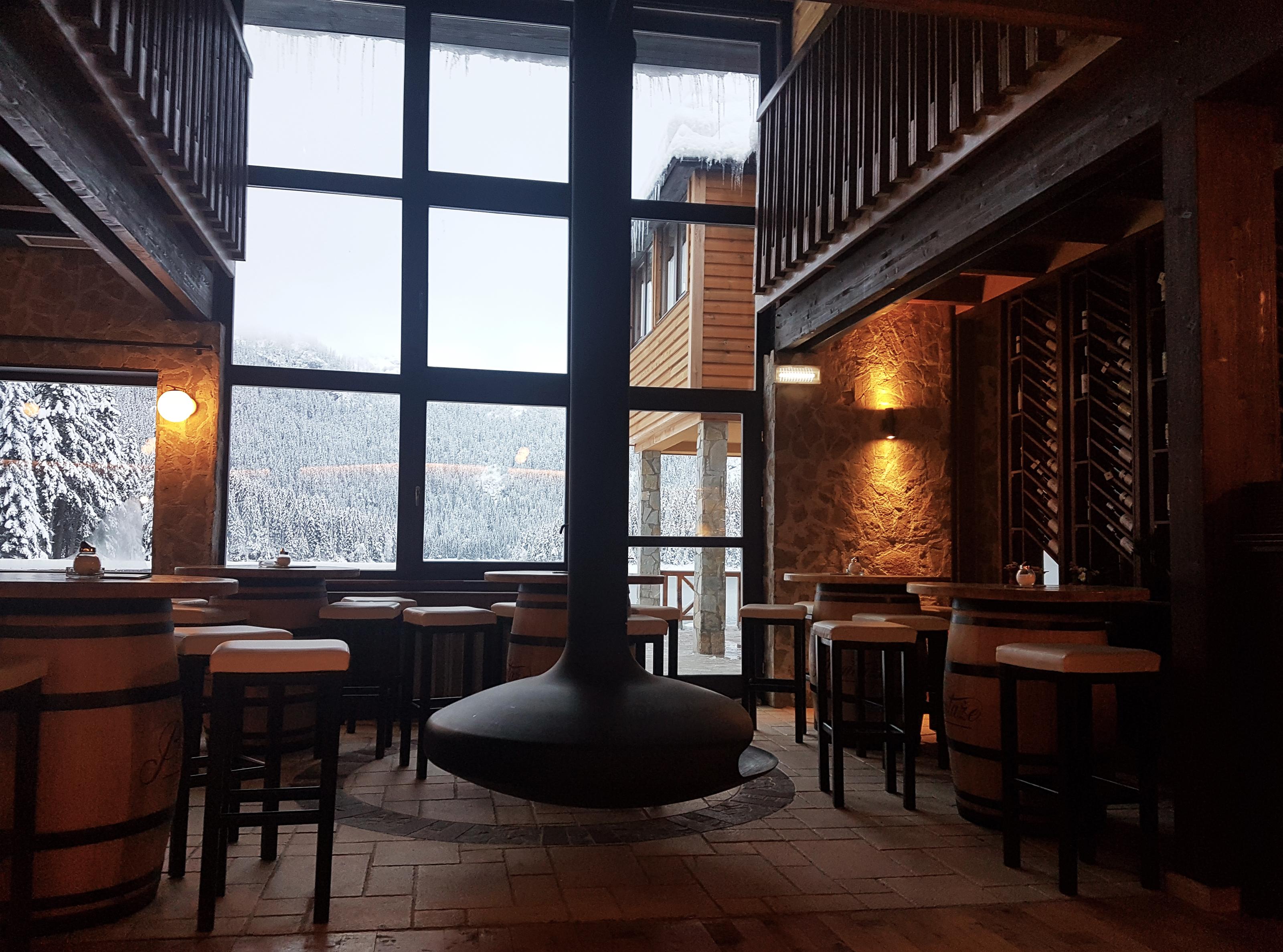 Restoran Crno jezero
